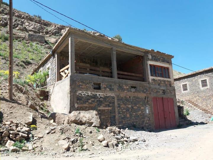 Source Ait Ouham logement