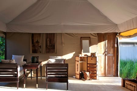 THE BEIGE -Luxury Tent 5m*15m-