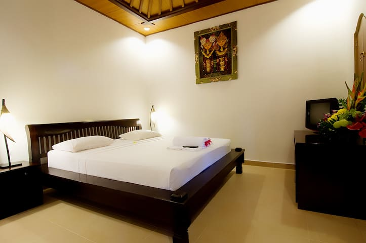 Kusnadi Deluxe Room With Pool And Nature Garden