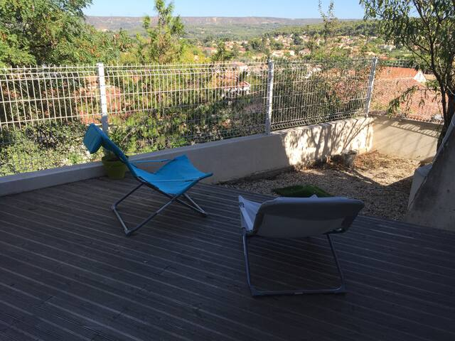 Appartement au coeur du village. terrasse - Velaux - Appartement