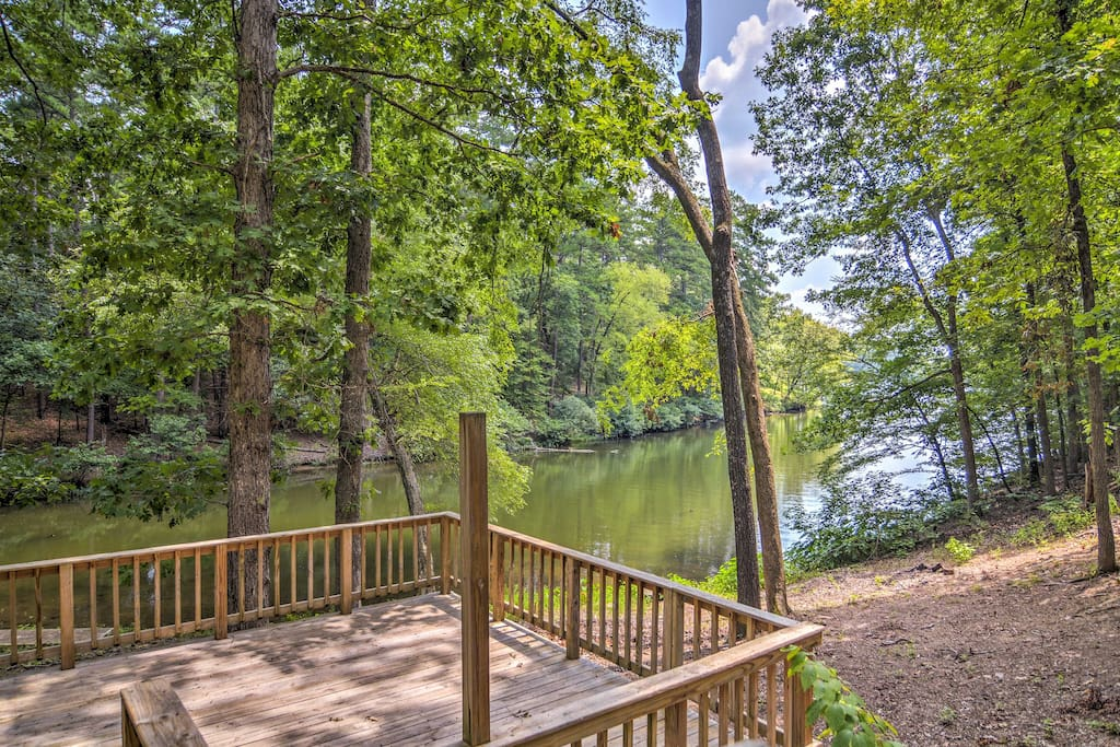 Enjoy great views of beautiful Lake Catherine during your stay.