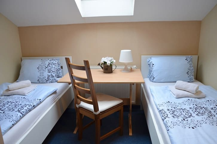 Double room with shared kitchenette