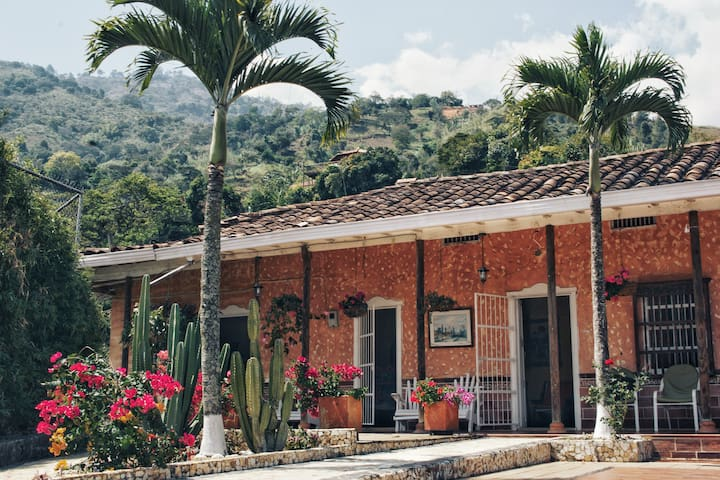 Great Finca Perfect for Families and Large Parties