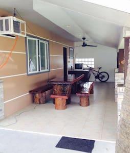 Casa Prescilla (Kubo) - Baler - 小屋