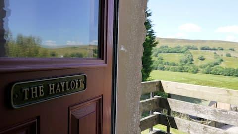Elysian Fields @ Ing Hill Lodge - The Hayloft