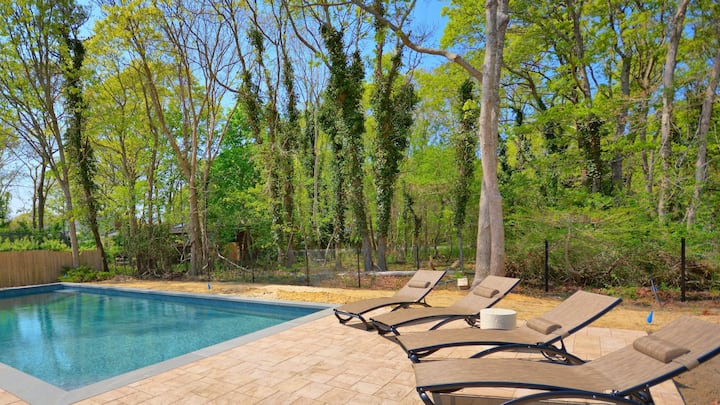 New Listing: Newly Renovated w/ heated Pool, Close to Ocean Beach, Restaurants