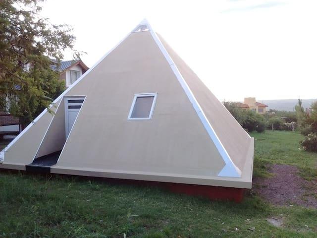 La Casa Piramidal Terapéutica