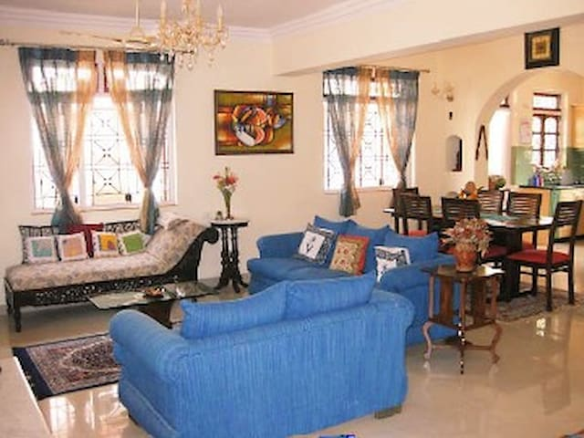 Spacious 4 bedroom villa in Colva - Colva - Bungalow