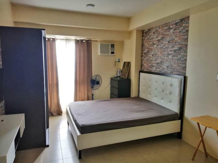 Simple and comfy studio unit in Makati