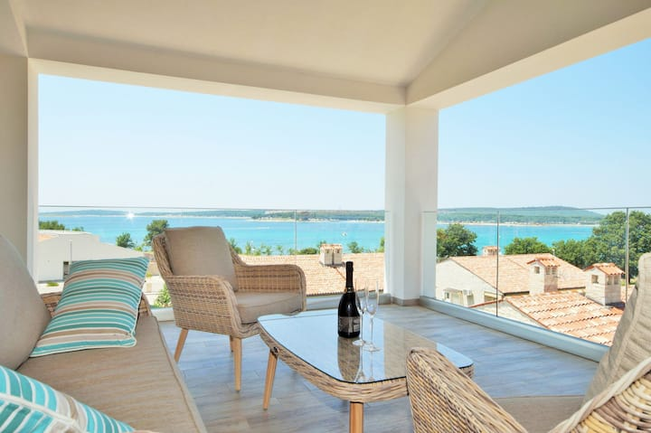 New comfort Villa Sunset, just 100 m to the beach