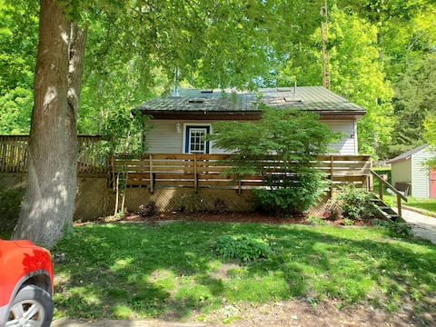 Chez Nous Cottage in Duttona - A place to Relax