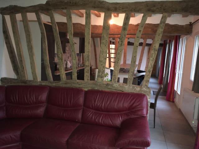 Maison de charme cheminée 3chambres - Fultot  - House