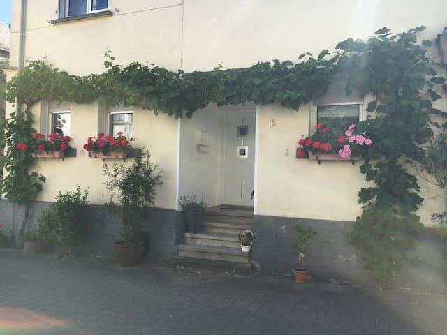 Moderne renovierte Ferienwohnung