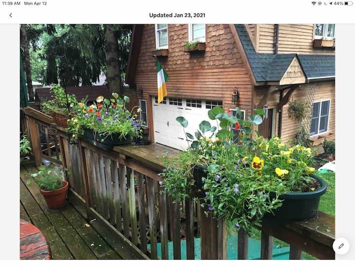 Eco friendly studio apartment close to Ann Arbor.