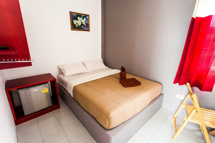 Hugs Guesthouse & Hostel - Krabi - Appartement