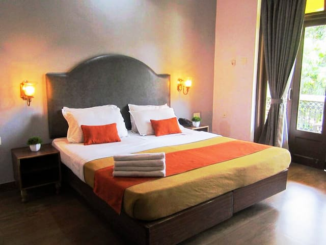 Superior Double Rooms Village / Pool Facing
