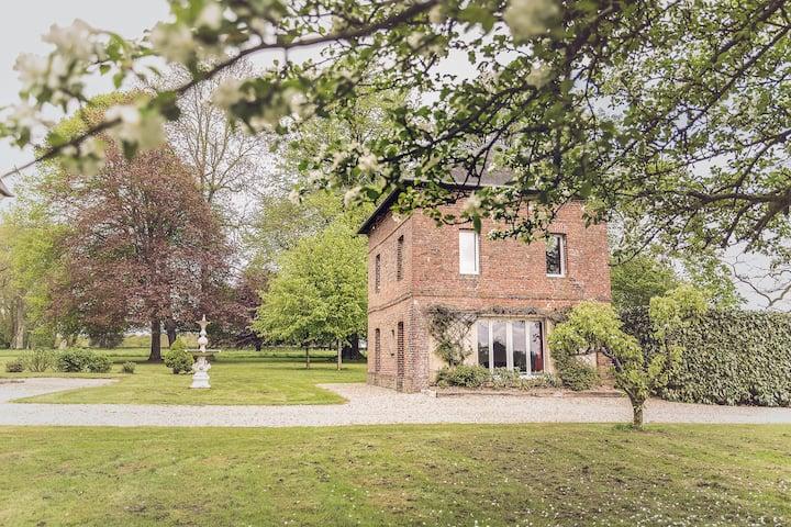 Maison dans parc 5 hectares Château de Grosfy