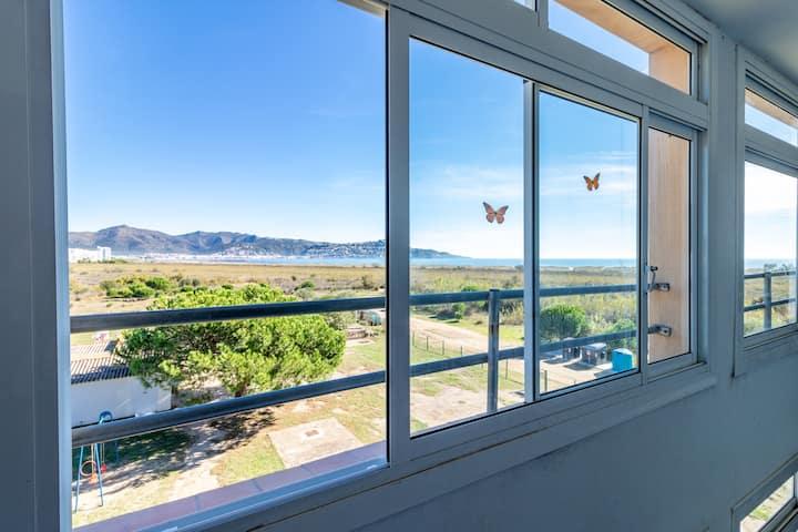149-Apartamento en  la Rubina Empuriabrava con vistas al mar