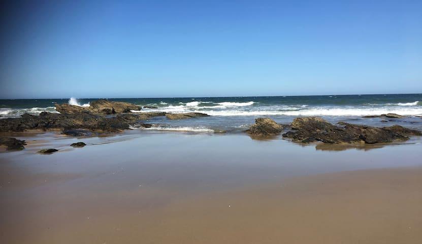 Entire house: Gaagal - Beach and Ocean Getaway