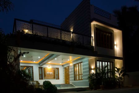 SOHAM spacious airconditioned wifi VILLA at  VASAI