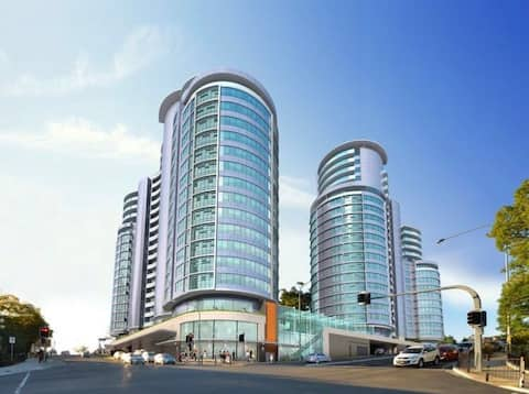 Brand new 3 bedrooms unit @ heart of castle hill