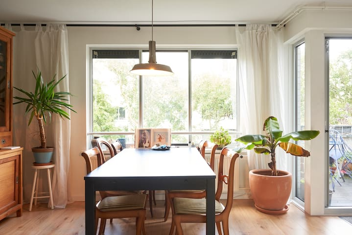 Lovely Apartment in Oost!