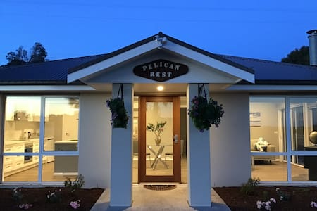 Pelican Rest,Couples Retreat,Ocean Views,Inverloch