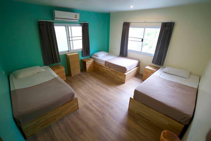 Triple AC Room, Echo Beach, Koh Phangan