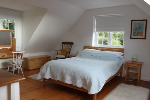 Lovely apartment in beautiful Bucks countryside.