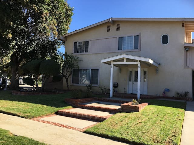Beautiful Pool Home Centrally Located!!