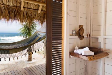 SUYO, Beach Cabaña #2, Playa Popoyo - Tola