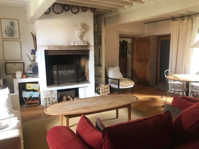 Ferme restaurée dans les Monts du lyonnais