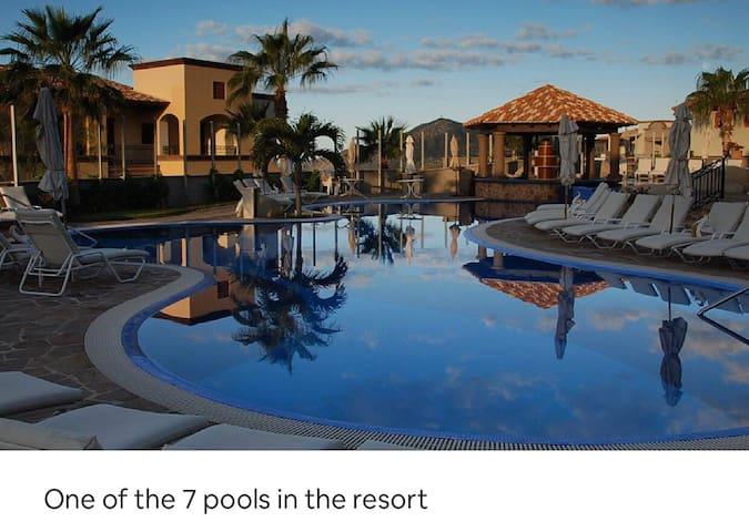 2 bedroom Cabo sunset beach resort!