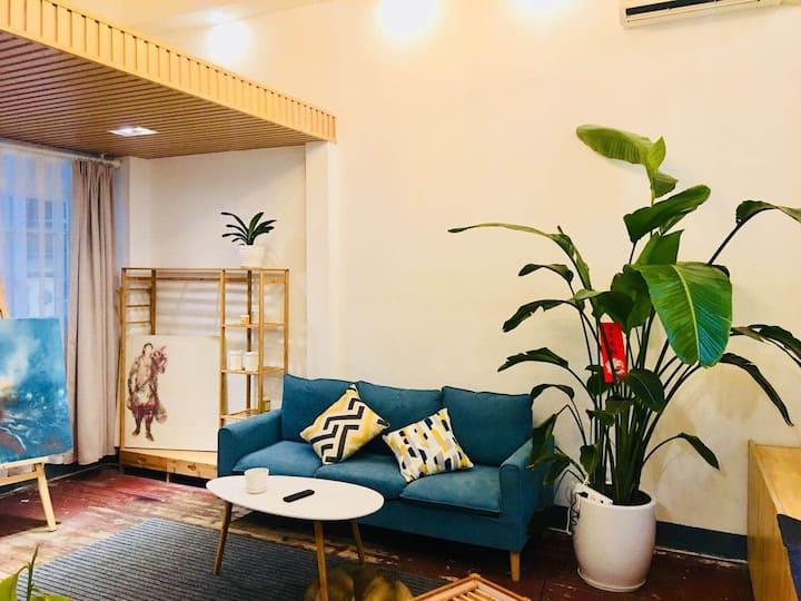 桂林市中心王城东西巷景区平房改loft特色民居。