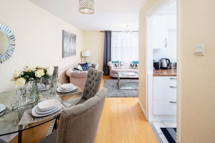 SALE! Exclusive 2 Bed Apartment in Central London