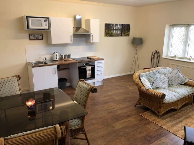 Quality,cosy,private luxury living in Didsbury