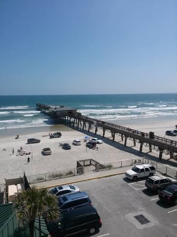 Wendy's Oceanview Place on the Beach! - Daytona Beach - Lägenhet