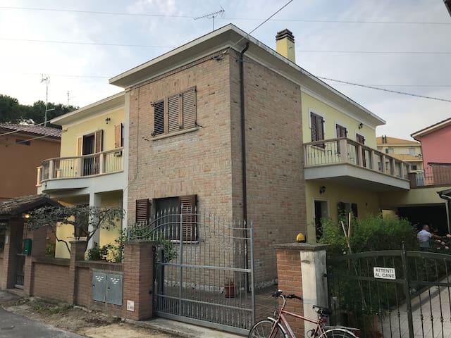 Large family villa in the heart of Fano