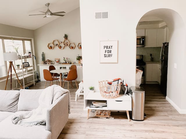 Laid-back Surf Style Home (Orange County)