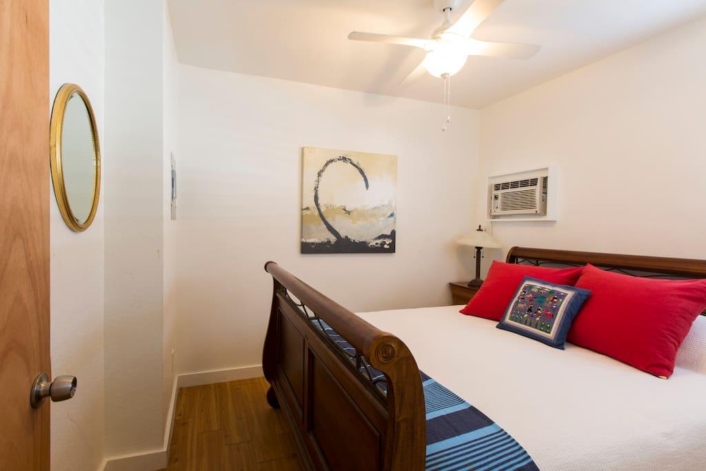 bedroom #2 queen bed