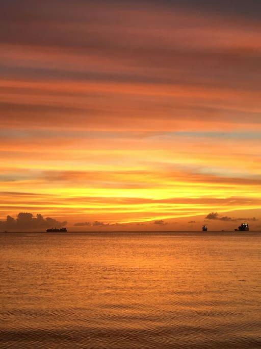 stunning sunset outside Asian Garden 夕阳美景