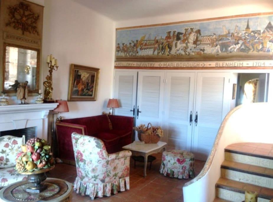 Salon avec accès direct sur la terrasse