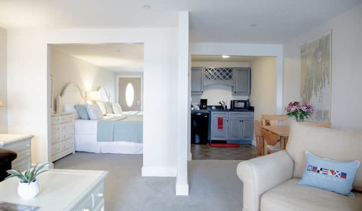 Sheepscot Harbour Village Resort - Suite 214