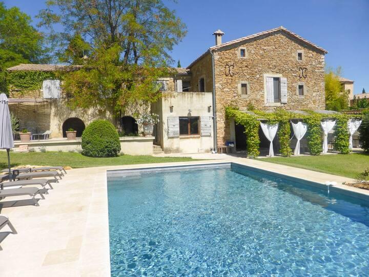 Mas Soleillan: Maison avec piscine et vues