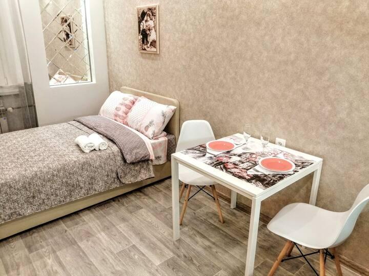 Супер красивая, уютная квартира-студия!