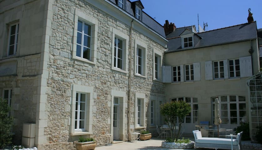 5 bd, private, gardens, pool - Saumur - Villa