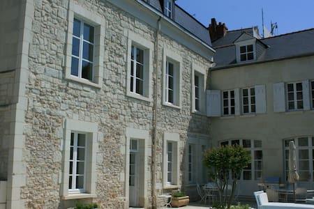 5 bd, private, gardens, pool - Saumur - Villa