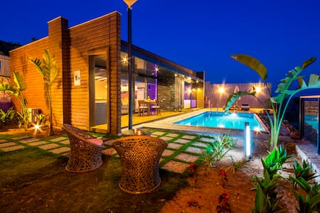 Modern Honeymoon Villa with Secluded Pool
