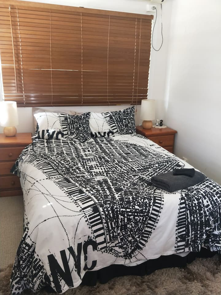 Riverfront Rest - Double Bed,  Wi-fi