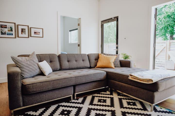 Modern Home in the heart of Fernwood.
